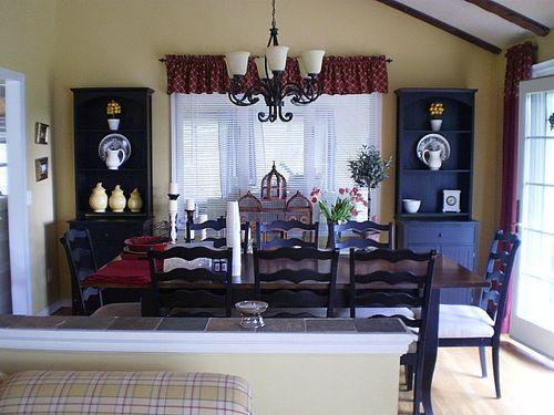 Livingroomredo20100430_03